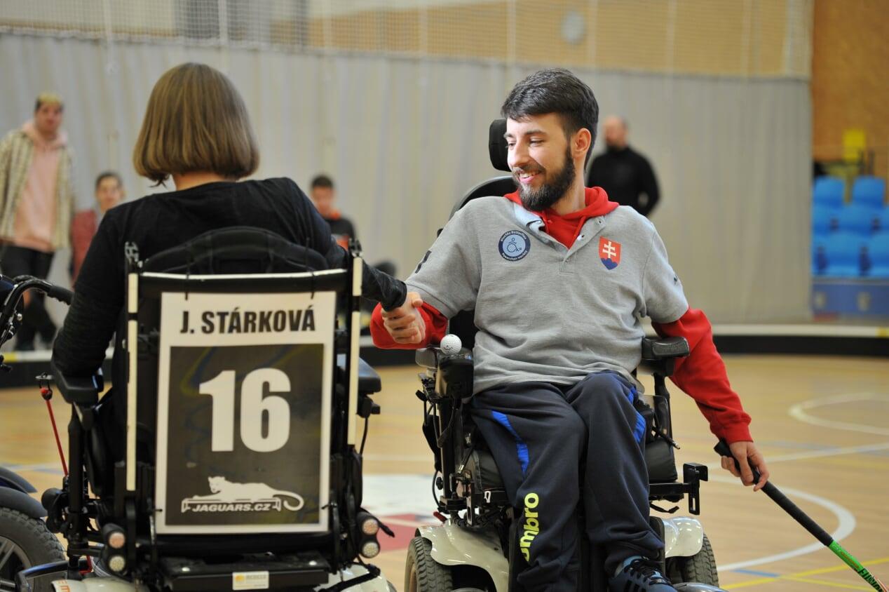První turnaj 2na2 a Slováci poprvé v české soutěži